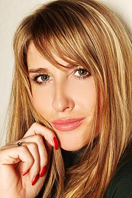 Portraitaufnahme von einer hübschen Frau